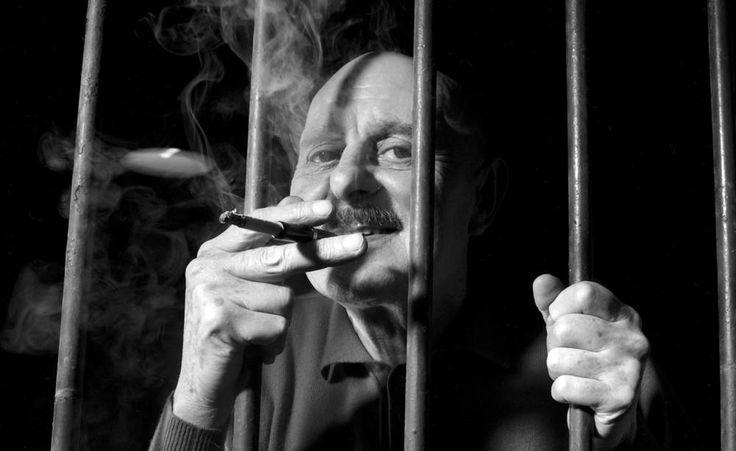 Je bois, je fume et je vous emmerde – le Professeur Choron nous rappelle ses priorités   VICE   France