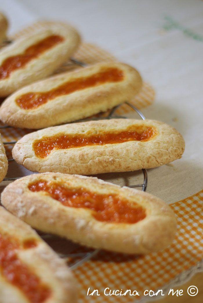 Biscottone di Novara all'albicocca di Montersino.