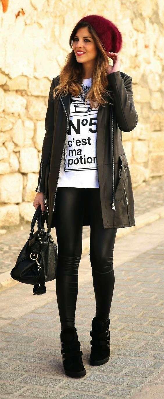 Abbinare le scarpe ai pantaloni di pelle - Pantaloni di pelle con ankle boots neri