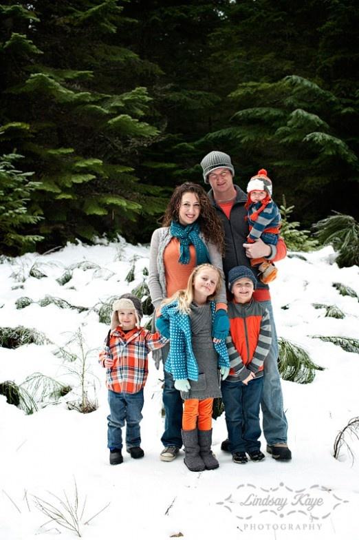 family Christmas card shoot - 2011  lindsay kaye photography!