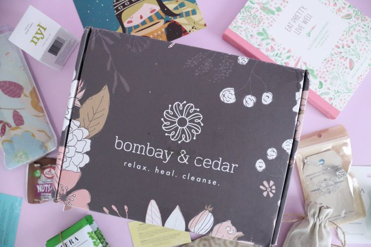 Bombay & Cedar Review January 2018 https://www.ayearofboxes.com/subscription-box-reviews/bombay-cedar-review-january-2018/