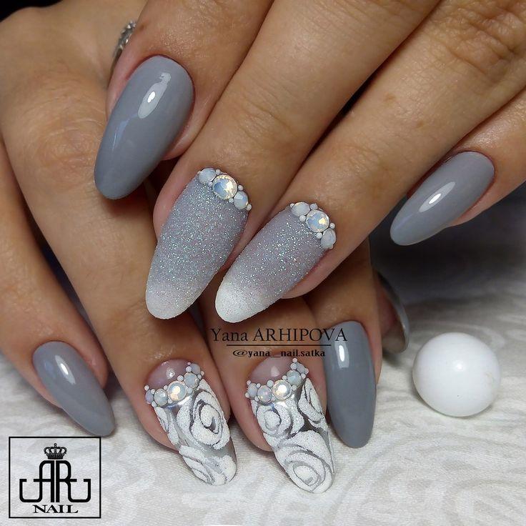 Beautiful winter nails, Cool nails, Glitter nails, Glitter nails ideas, Grey and…