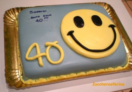 Torta smile 40 anni