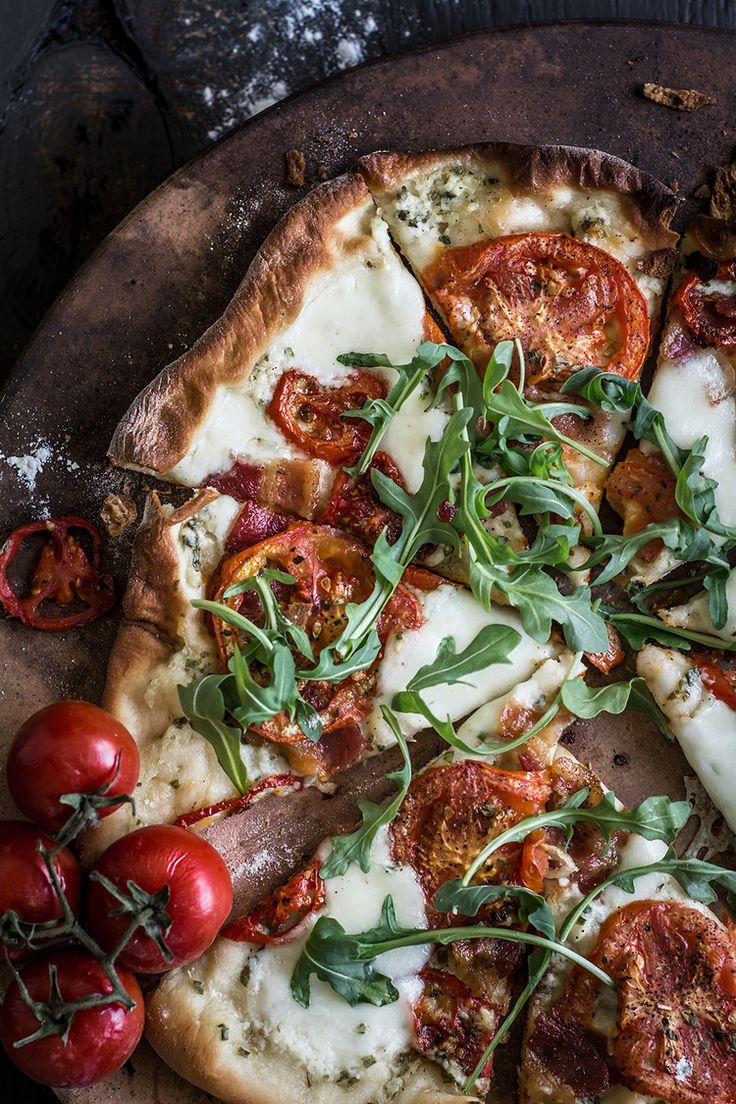 BLT Pizza — Up Close & Tasty