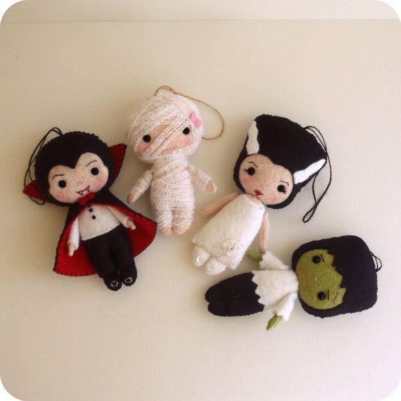 Halloween Pack  Dracula Frankenstein Bride Mummy by Gingermelon, $17.00
