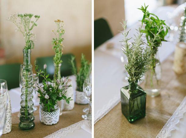 Tafel Idees http://www.southboundbride.com/real-wedding-at-de-uijlenes-nadine-alan/
