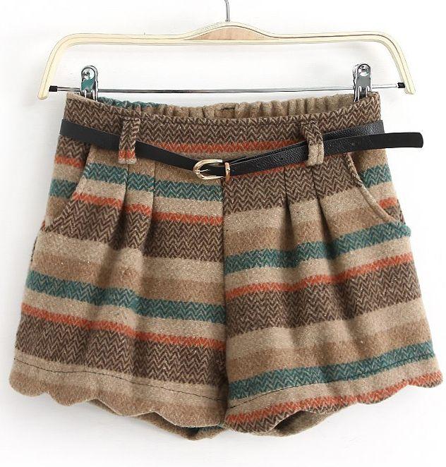 Pink Pocket Striped Ruffled Woolen Shorts EUR€15.65