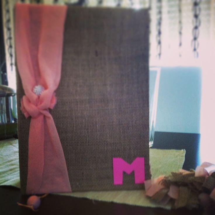 Melina's babyshower book