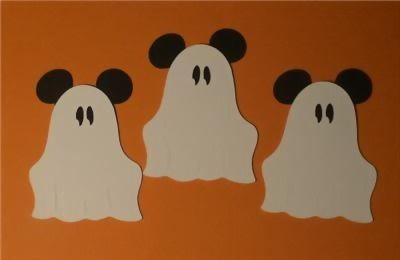 Cute craft to make! Mickey ghosts!