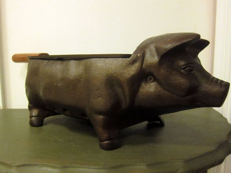 Cast Iron Pig ~ Piggy Hog Table Top Charcoal Hibachi BBQ Grill Cracker Barrell. This is awesome!!! $140.27