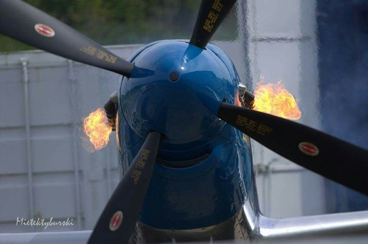 P 51 D  Start engine