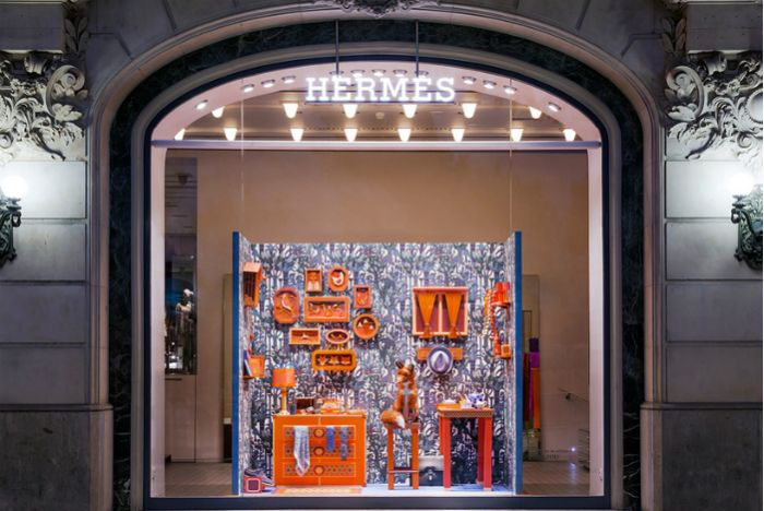 The Barcelona store intrigues passersby with an intricately detailed scene that is completely handmade