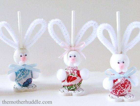 18 best hand painted beads images on pinterest wooden for Easter crafts pipe cleaners