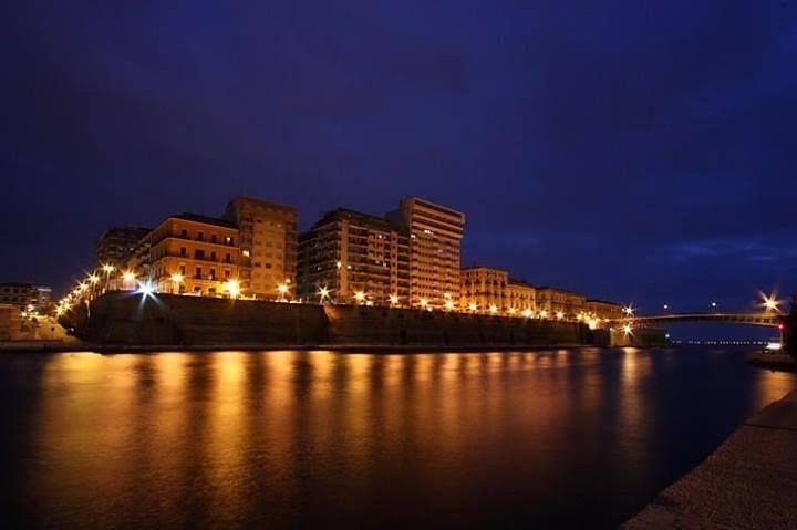 #Taranto vista dal #MarPiccolo by night