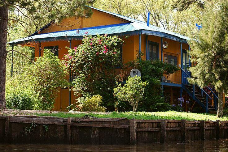 """""""""""La Casa del Techo Azul"""""""" en el Tigre, Buenos Aires, Argentina"""