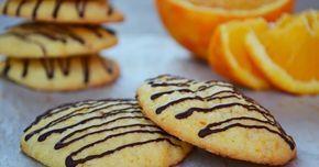 Nagyon finom narancsos omlós keksz! Szellem a fazékban receptjét használtam:) ( ITT ) Hozzávalók (30 db): 80 ml narancslé 2 n...