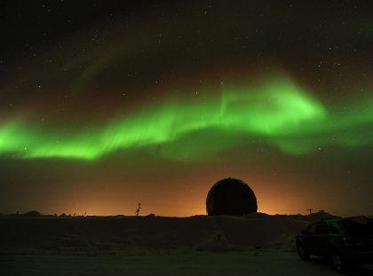 Zorza polarna nad Alaską. Fot. NASA/GSFC/James Spann