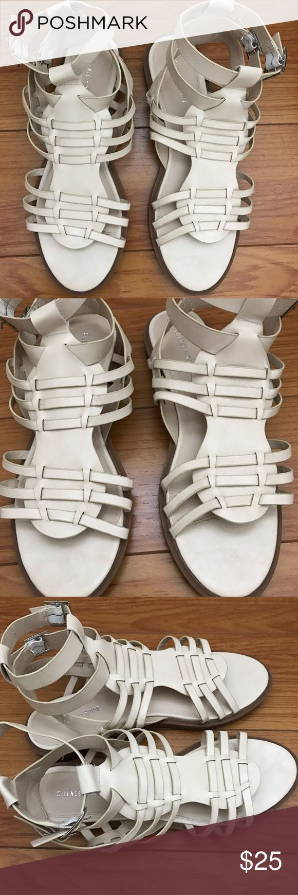 Silence + Noise cream sandals Silence + Noise cream color sandals from Urban Outfitters, worn a few times, still in completely good condition to wear, does not have a box, size 8 Urban Outfitters Shoes
