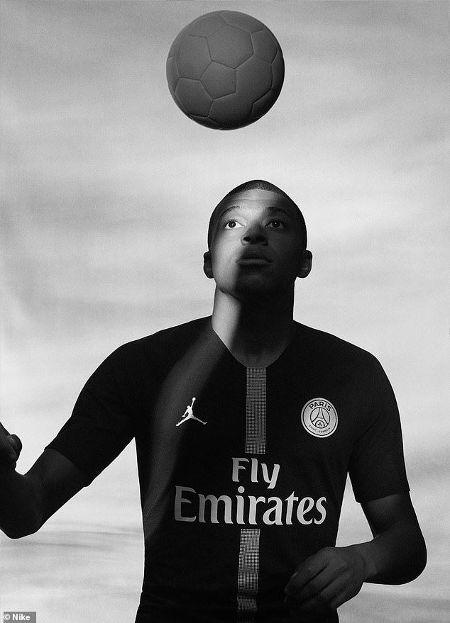 PSG unveil stunning new Champions League kit in Jordan collaboration ... 50b3ba576