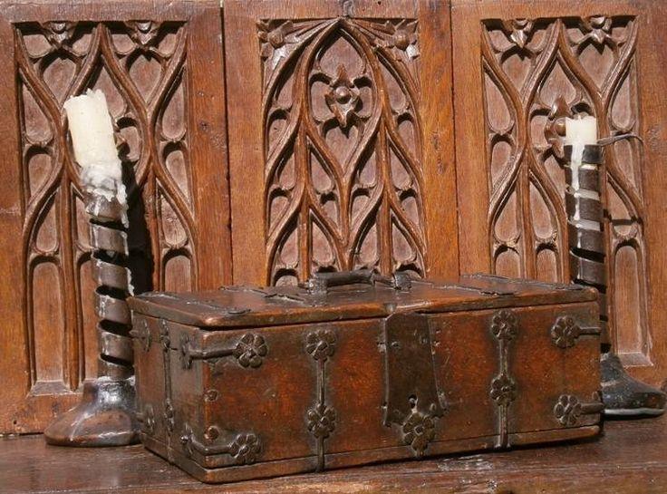 15th century Field Maple and iron bound casket