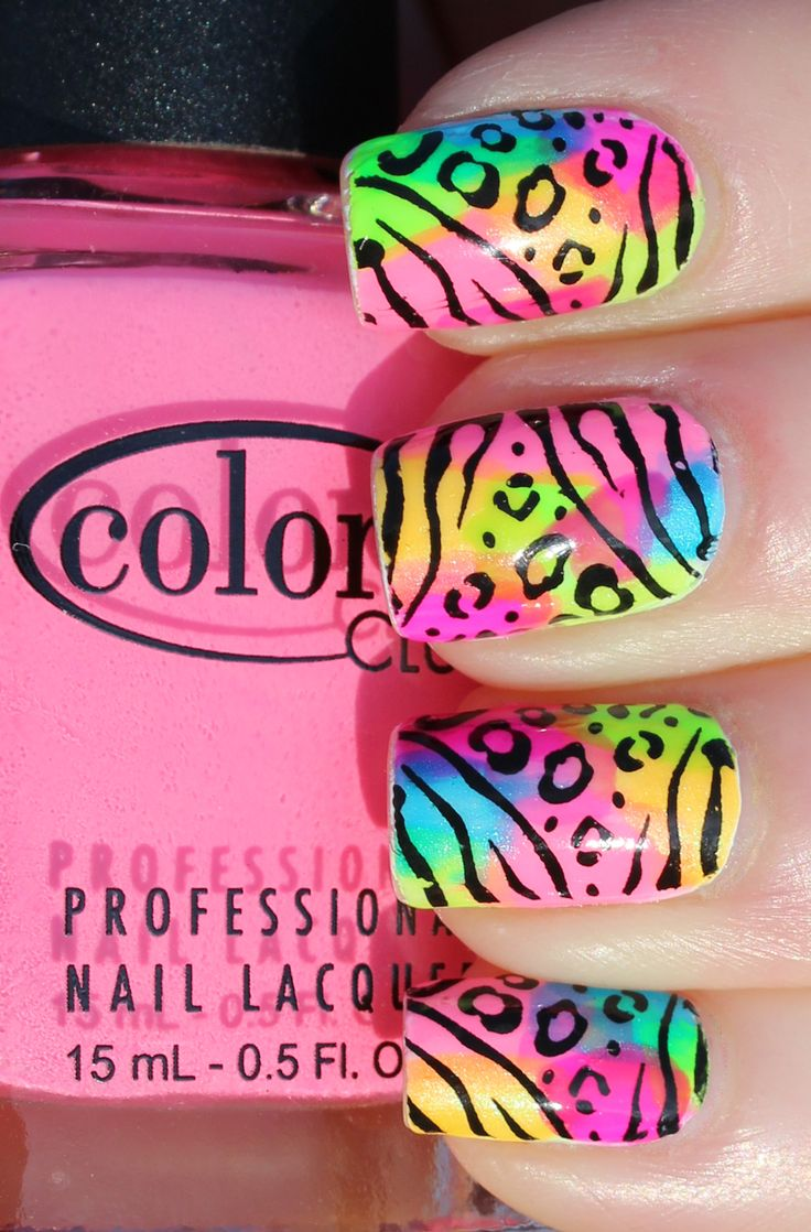 http://lindseyrivait.com/lacquer/wp-content/uploads/2013/05/lisa-frank-nails002.jpg