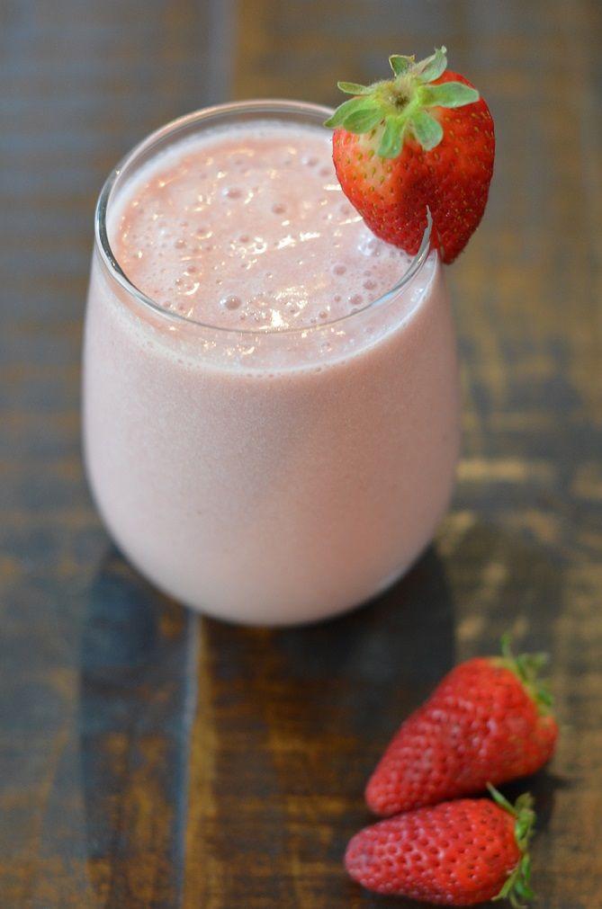 Strawberry Smoothie (dairy-free)