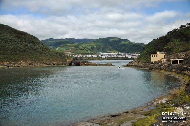 Caminhada em Vila Franca do Campo e Ilhéu (Vila Franca do Campo – São Miguel – Açores)  Ver mais em: http://solagasta.com/caminhada-em-vila-franca-do-campo-e-ilheu-vila-franca-do-campo-sao-miguel-acores/