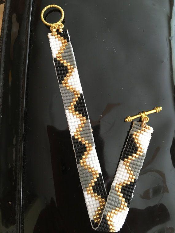 Bracelet en perles Miyuki, Bracelet fait main, Bracelet en or, Bracelet Nikitas conception                                                                                                                                                                                 Plus