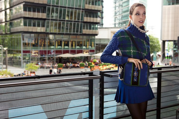 Fay City Diaries features the Women's Fall - Winter 2013/14 collection with the seductive backdrop of Berlin. Sweater. http://www.fay.com/it/city-diaries/berlino?country=it