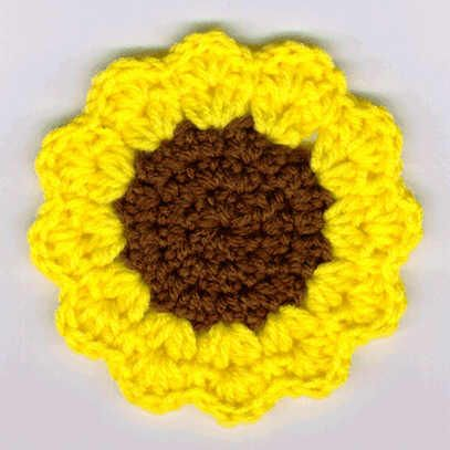 sunflowers crochet | and bright sunflower crochet coasters almost look like real sunflowers ...