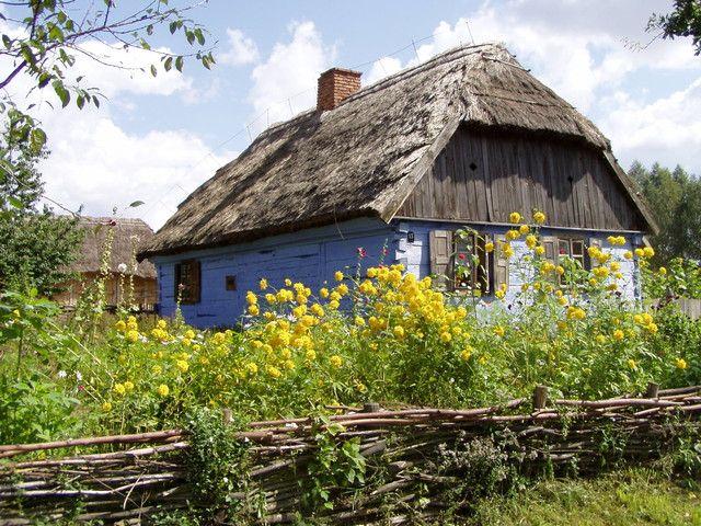 kaBi MIĘDZY OCZKAMI: Ucieczka na wieś z malwą w tle