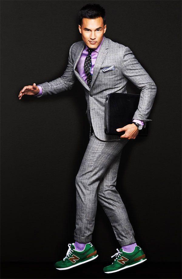 Kan man ha sneakers till kostym? Är det nästa stora trend? Här är svaret! #sneakers #skor #herrmode #mode #fashion #mensfashion #shoes #Obsid #sneakersnsuit #suit #suits