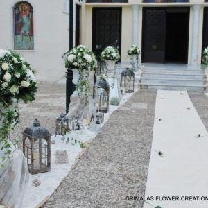 Διακόσμηση με λευκά λουλούδια