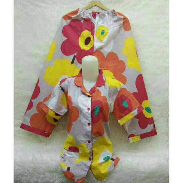 Saya menjual Kaos wanita / tk piyama panjang fit L besar / stelan baju tidur seharga Rp120.000. Dapatkan produk ini hanya di Shopee! https://shopee.co.id/ssfashionkaos/391921106/ #ShopeeID