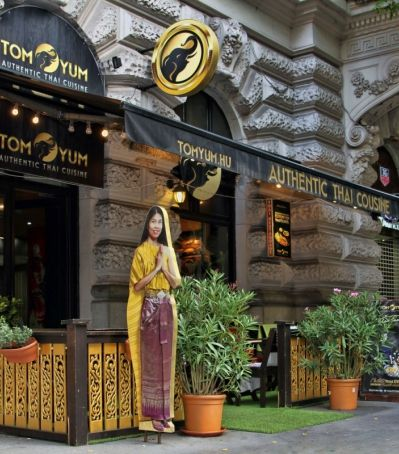 BUDAPEST - Tom Yum Thai Étterem Thai gastronomy & continental breakfast! Every morning from 7 AM - 10.30 AM. Enjoy your meal!