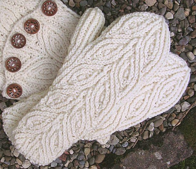 Ravelry: Rowan Mittens pattern by Dagmar Mora