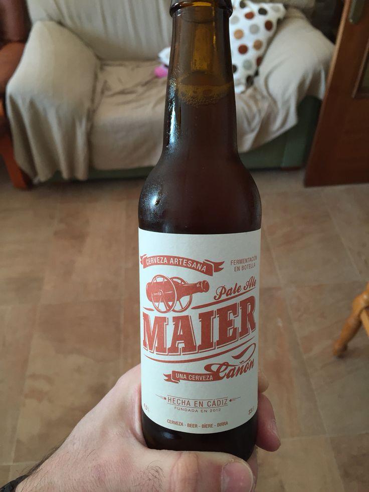 Maier, cerveza de Cádiz, con cuerpo, fermentada en botella...