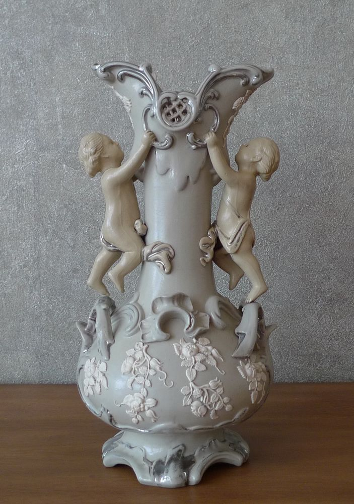 VILLEROY & BOCH METTLACH VASE POTTERY PUTTI ROSEN GRÜNERZEIT HISTORISMUS UM 1860 | Antiquitäten & Kunst, Porzellan & Keramik, Keramik | eBay!