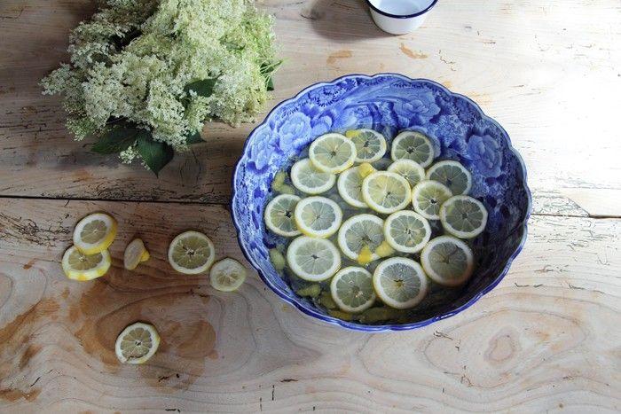 Makers & Brothers Elderflower Cordial | Gardenista | lemon slices in a blue bowl