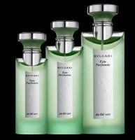 Eau Parfumée au Thé Vert by Bulgari Mi señora obtuvo una miniatura de esta fragancia como regalo de una tienda de perfumes, y lo usó por...