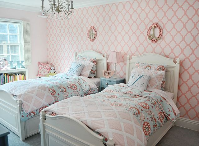 @Serena &  Lily bedding + stenciled accent wall = shared room sweetness! #biggirlroom #sharedroomShared Room, Biggirlroom Sharedroom, Accent Wall