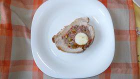 Ingredientes para 6 personas hambrientas jajaja:   - cinta de lomo fresco de 1,5 kg  - medio kilo de carne picada mixta  - una lata de ...