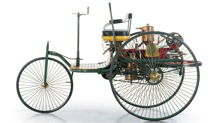 Click visit to take the full quiz! Company founder Karl Benz and his wife Bertha created the first gas-powered vehicle, the Benz Patent Motorwagen. In which year did it debut? The Benz Patent Motorwagen debuted back in 1885. -- Answer: 1885 -- #Cars