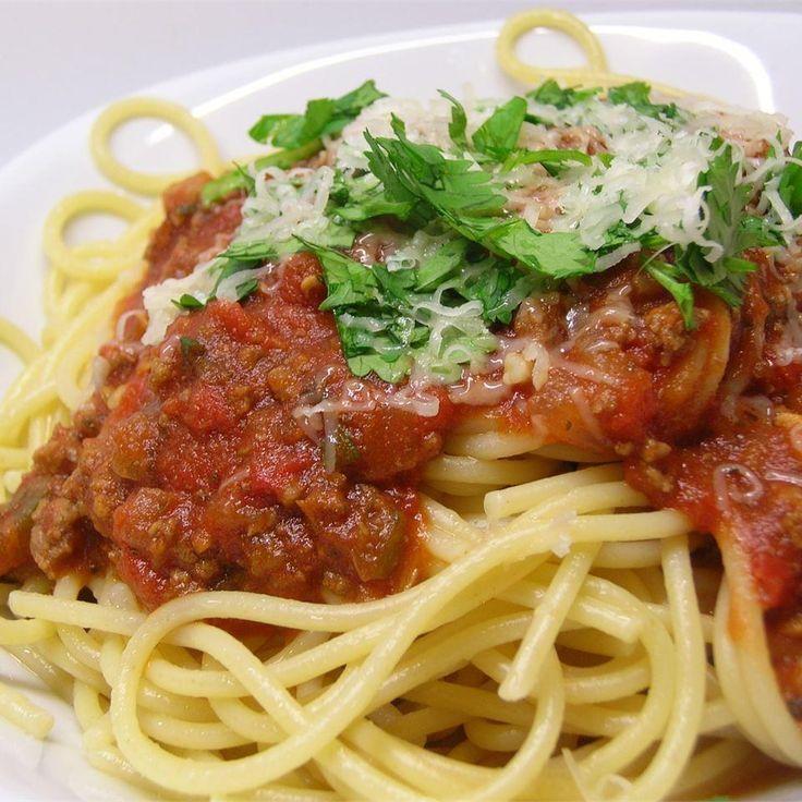 Sauce à spaghetti classique à la viande @ http://qc.allrecipes.ca
