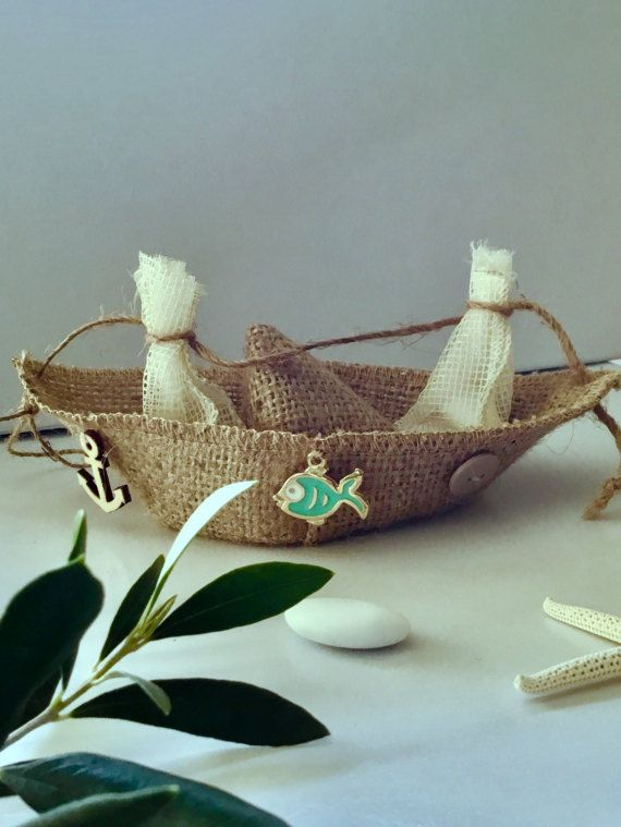 Burlap boat, burlap, favours, favours, gift bag Baby shower Wedding by hippiefishbeachart