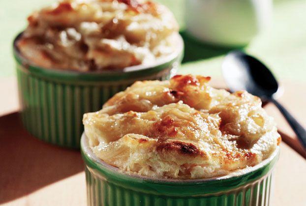 Σουφλέ ζυμαρικών με τρία τυριά