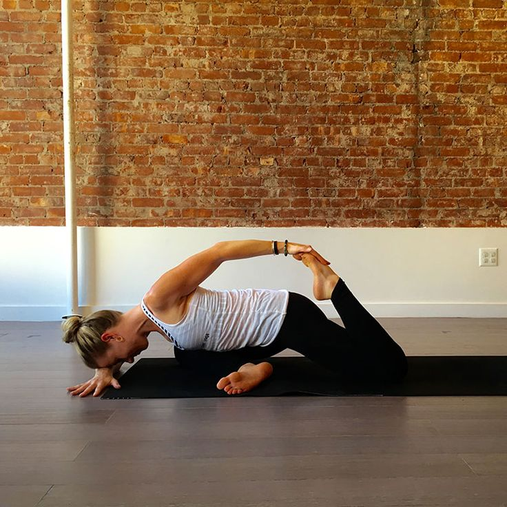 The pose: Reclined Half-Pigeon with Quad Stretch http://www.womenshealthmag.com/fitness/yoga-poses-to-open-hip-flexors/slide/4