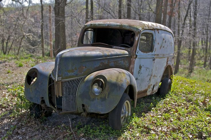 how to find owner of abandoned vehicle