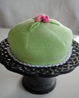 Jag fick en härlig fråga härom dagen:  -Kan inte du virka en prinsesstårta åt mig?  -Så klart jag kan, sa jag och satte igång. Och sedan for...