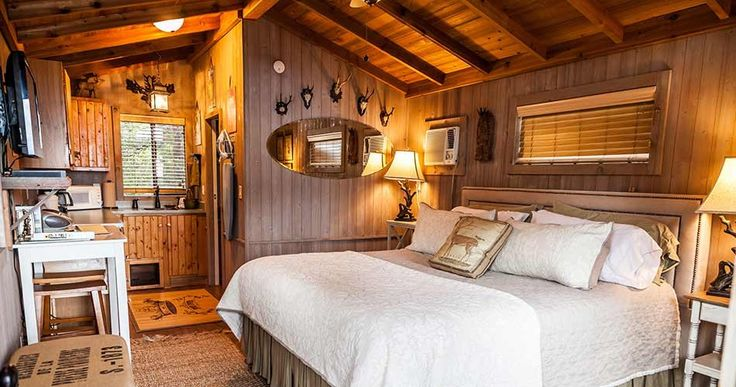 Room At Tonkawaya Ranch Bed And Breakfast Cabins In